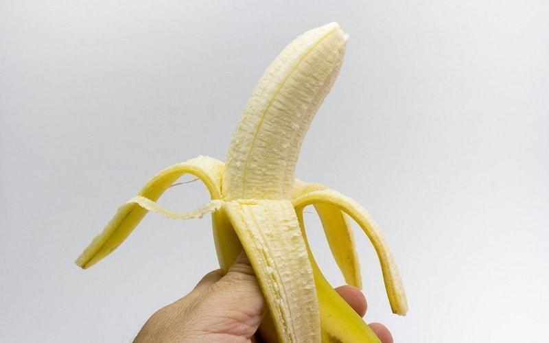 Хороший вкусный банан