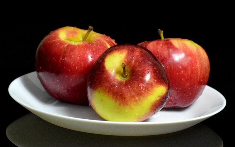 Vrednye_svoystva_yablok_Вредные свойства яблок