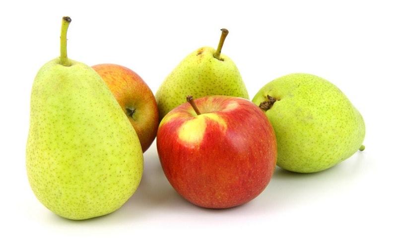 Kak_est_yabloko_grushu_po_etiketu_Как есть яблоко и грушу по этикету