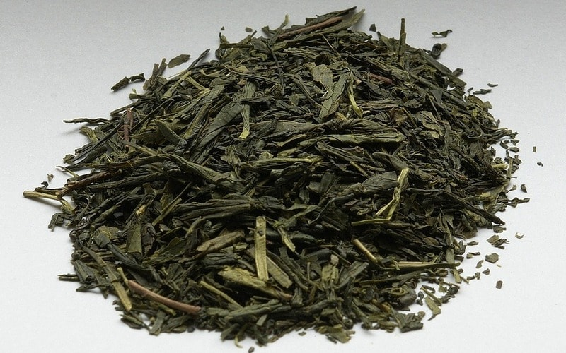 Kak_hranit_chay_zeleniy_cherniy_Как хранить чай зеленый и черный