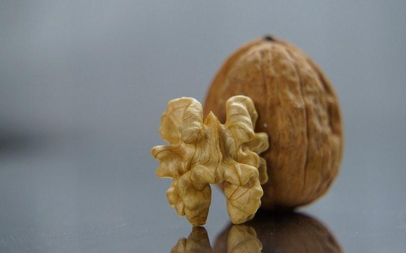 Kak_hranit_ochischennye_greckie_orehi_Как хранить очищенные грецкие орехи