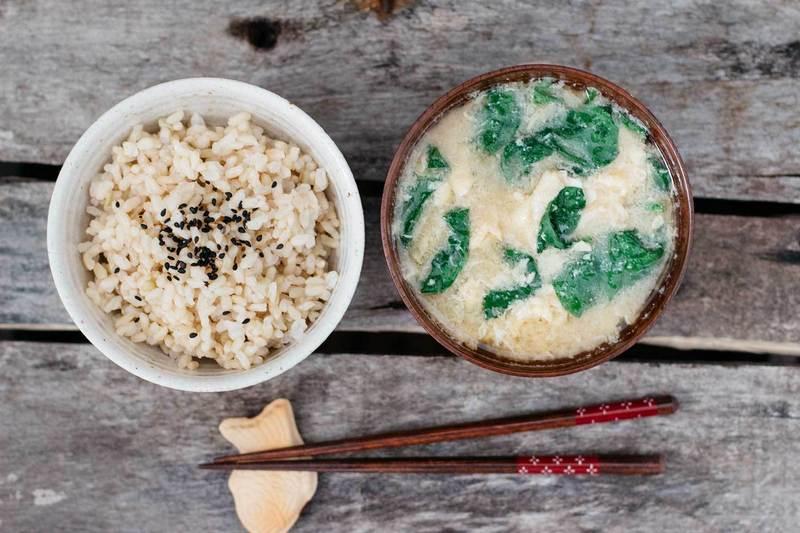 Miso_soup_i_ris_ мисо суп и рис