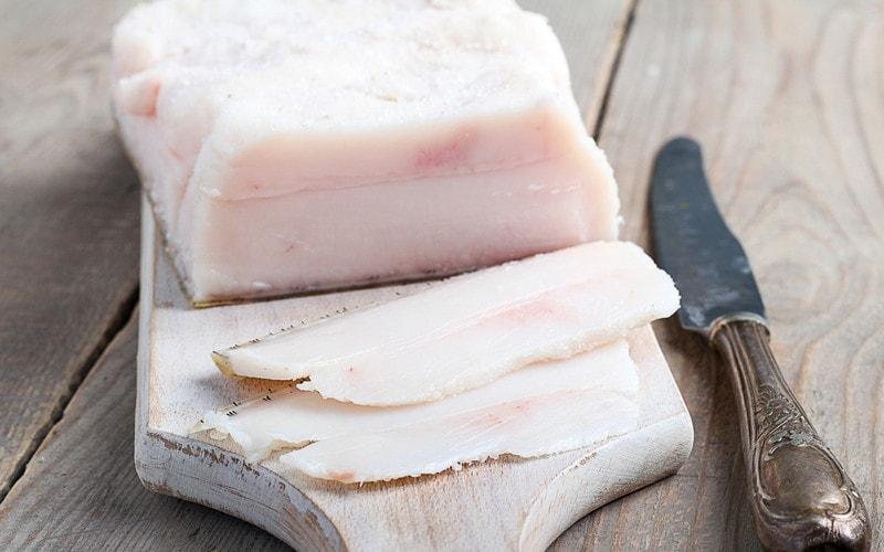 Srok_hraneniya_sala_svinogo_Срок хранения сала свиного