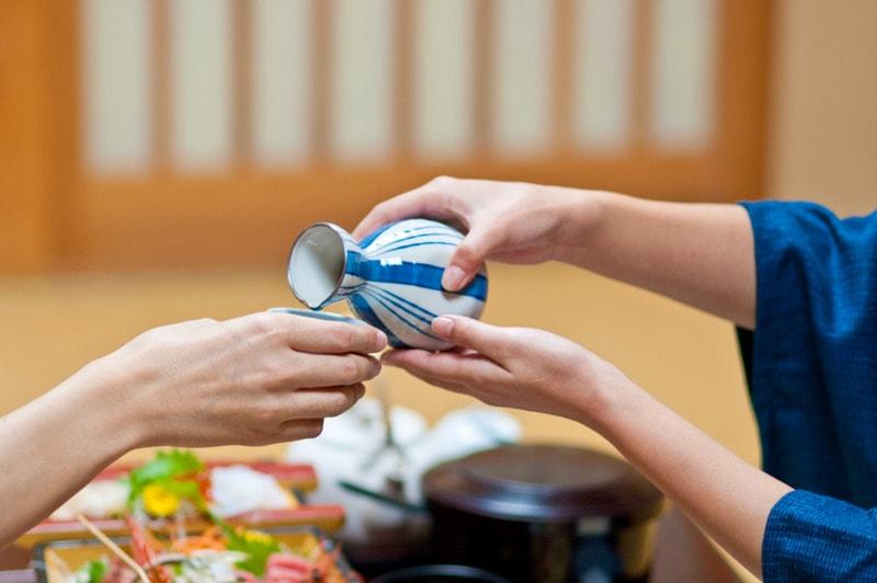 Tradicionniy_yaponskiy_etiket_Традиционный японский этикет