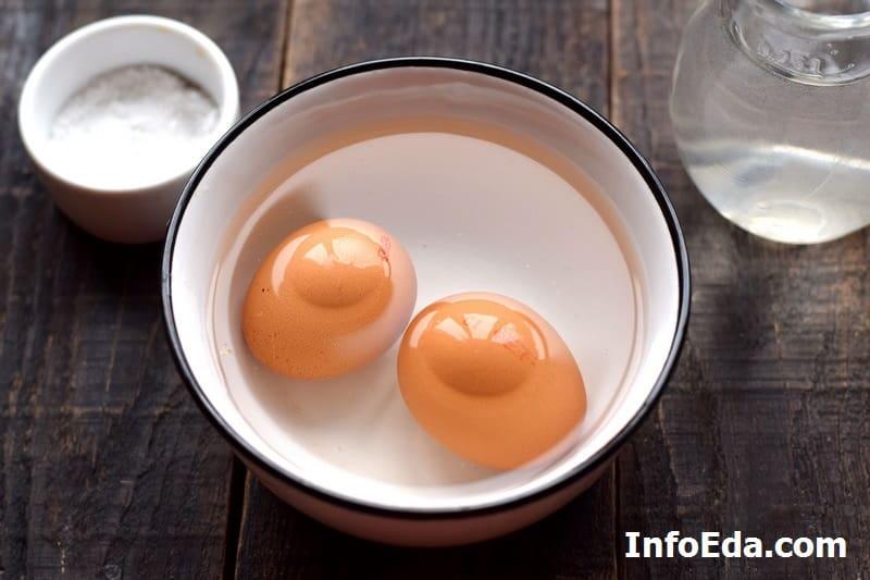 Яйцо в мешочек - моем яйца