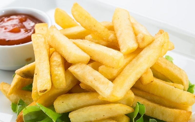 Как правильно жарить картошку на сковороде