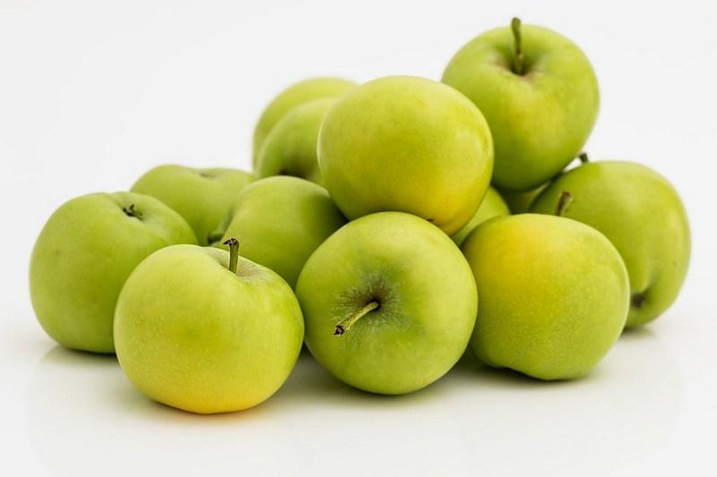 Как сварить компот из свежих яблок