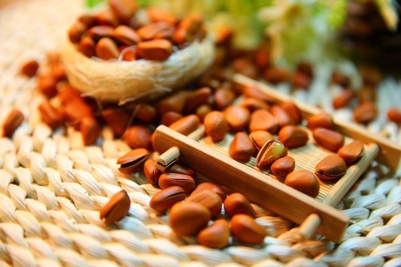 Полезные свойства кедровых орешков