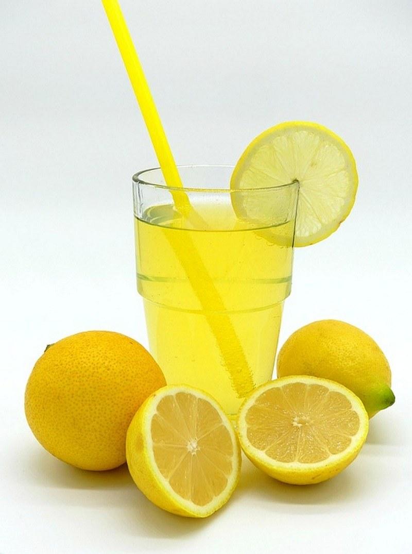 Классический лимонад из лимона и мяты