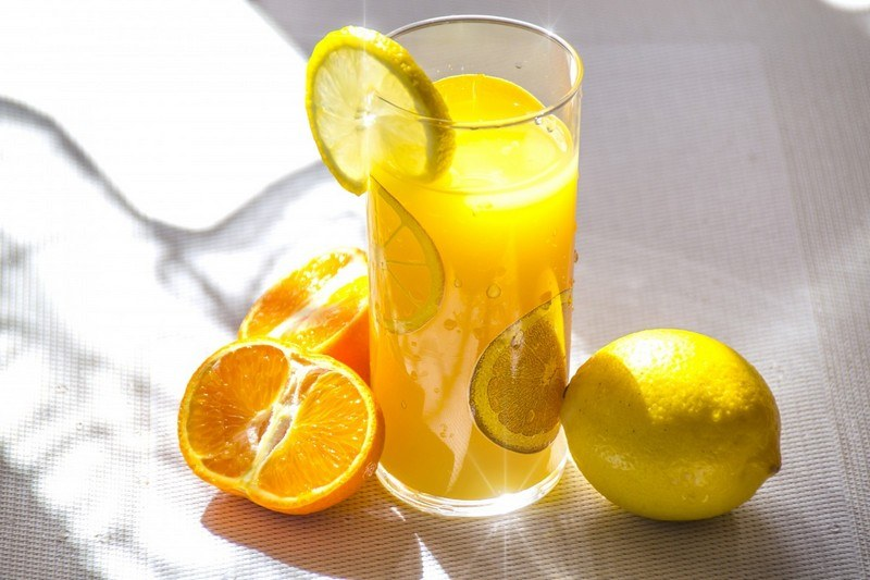 Напиток из лимонов и апельсинов