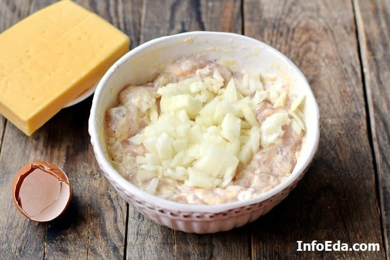 Рубленые куриные котлеты с сыром 5