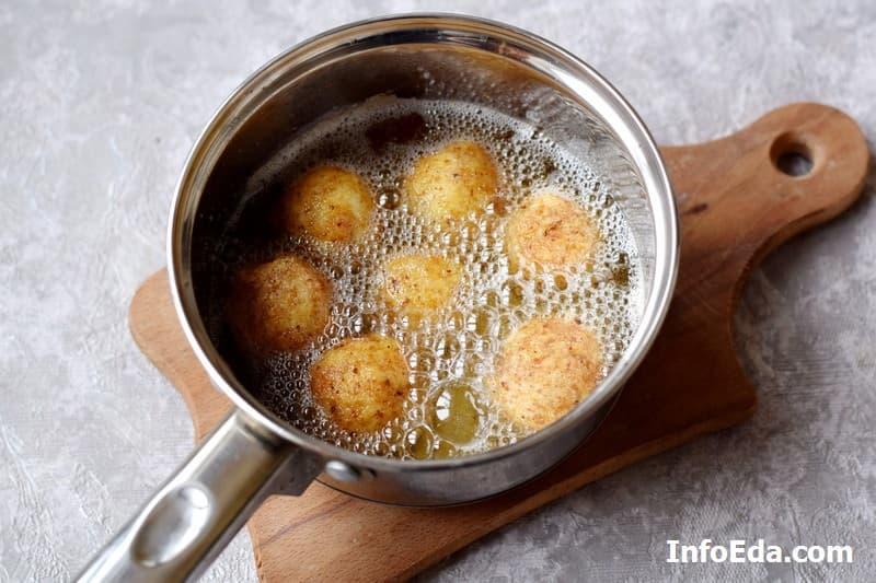 Картофельно-сырные крокеты - жарка в масле