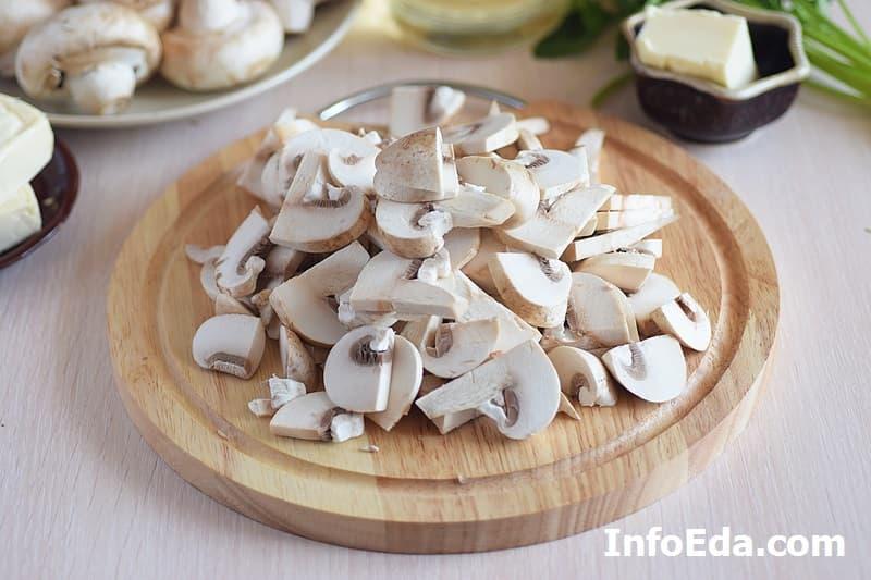 Сырный суп с грибами - шампиньоны