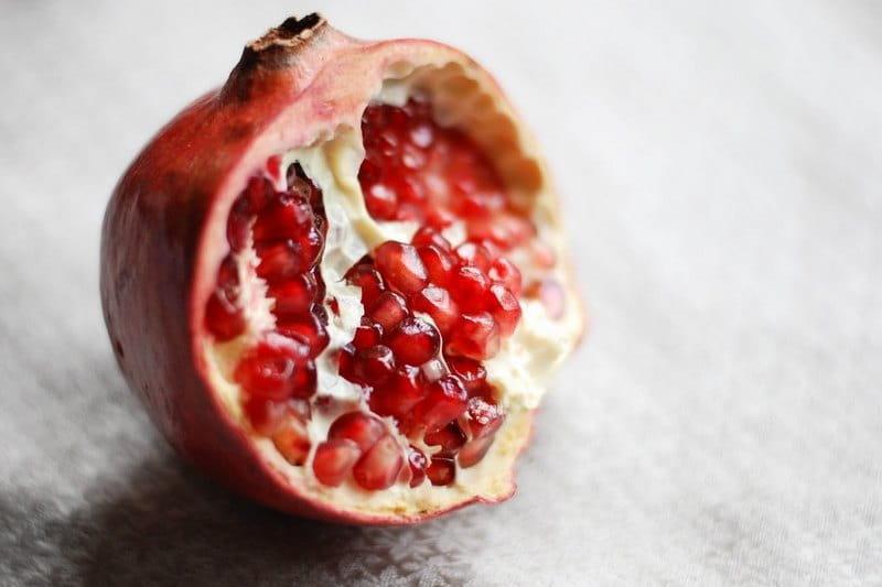 Гранат - это фрукт или ягода