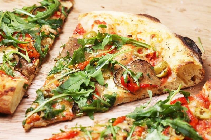 Калорийность куска пиццы