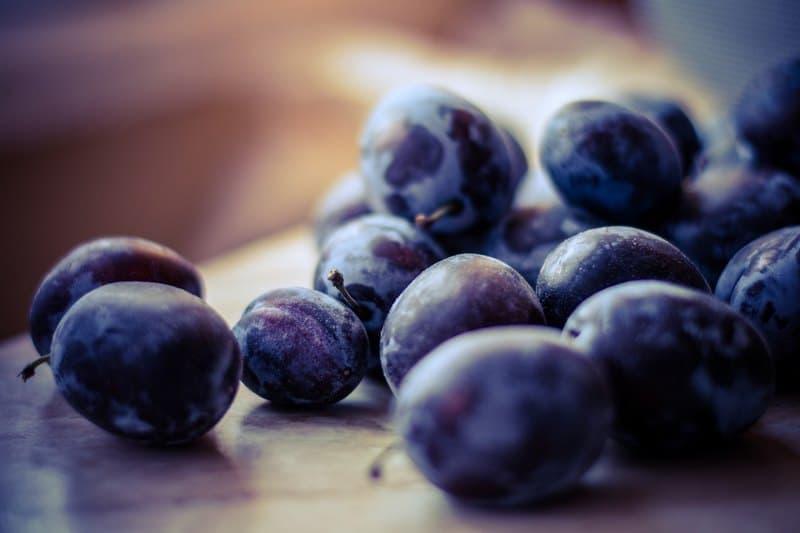 Слива - фрукт или ягода