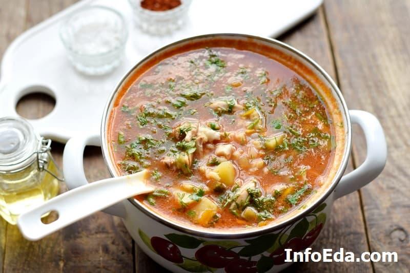Рассольник - суп в кастрюле