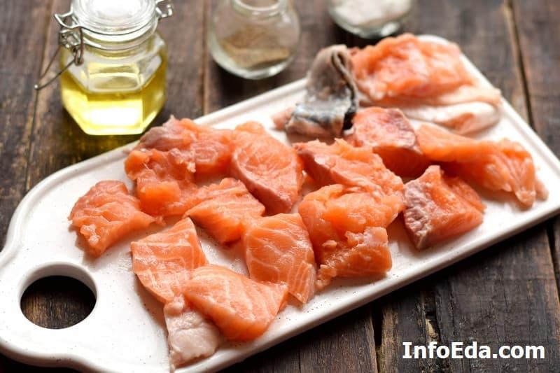 Сливочный суп с семгой - разделка рыбы