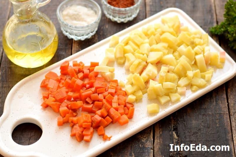 Винегрет - нарезка моркови и картошки