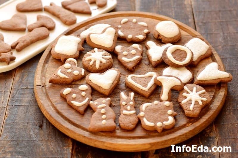 Имбирное печенье - покрываем печенье глазурью