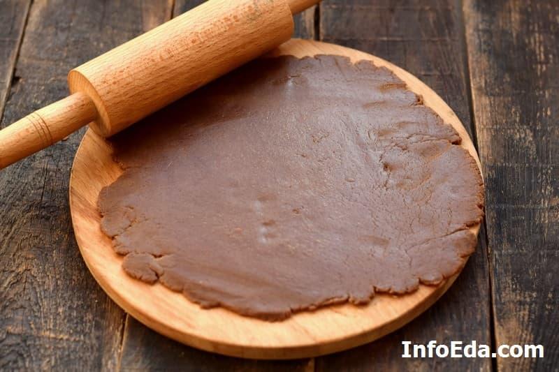 Имбирное печенье - раскатываем тесто