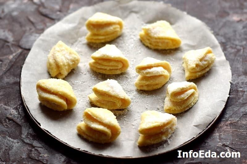 Печенье Гусиные лапки - отправляем печенье в духовку