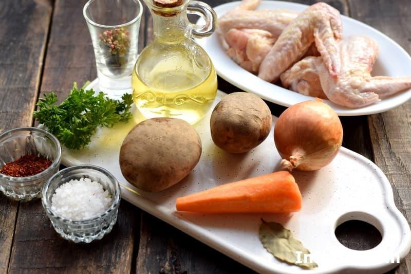 Ингредиенты для куриного супа с клецками