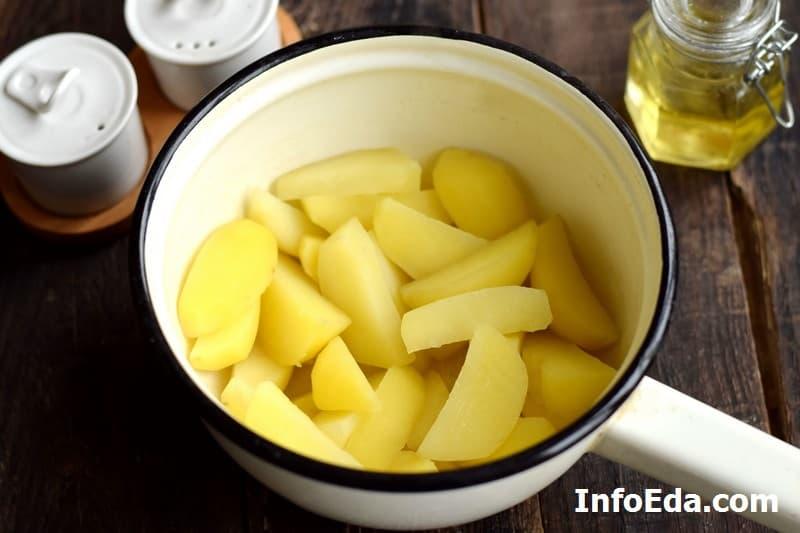 Картофель по-деревенски - картошка после бланшировки