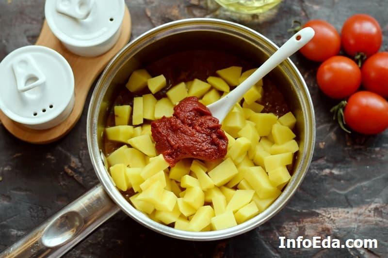 Суп гуляш по венгерски - картошка и томатная паста