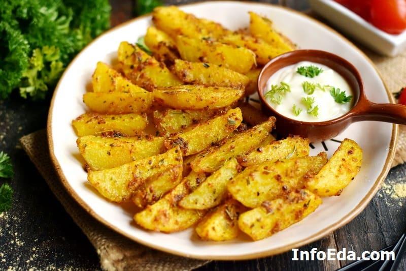 Запеченный картофель по-деревенски в духовке