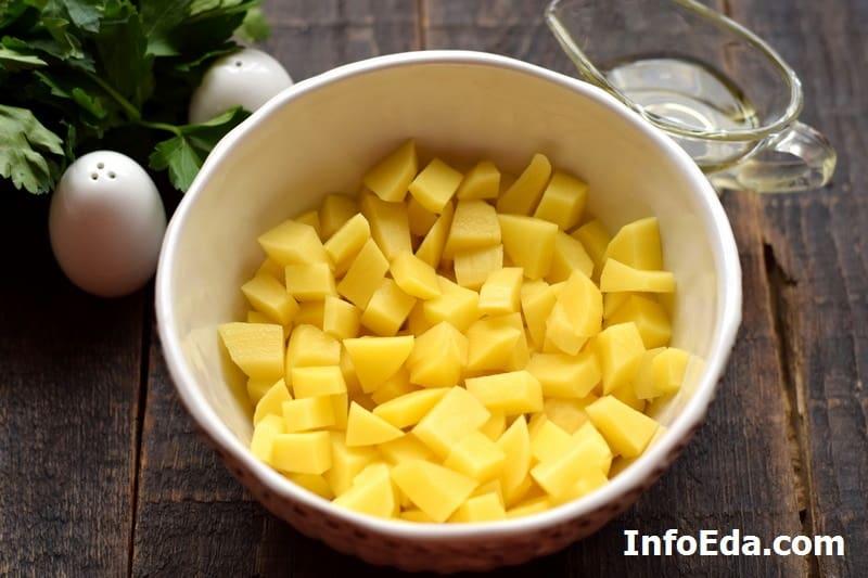 Нарезанный картофель для супа