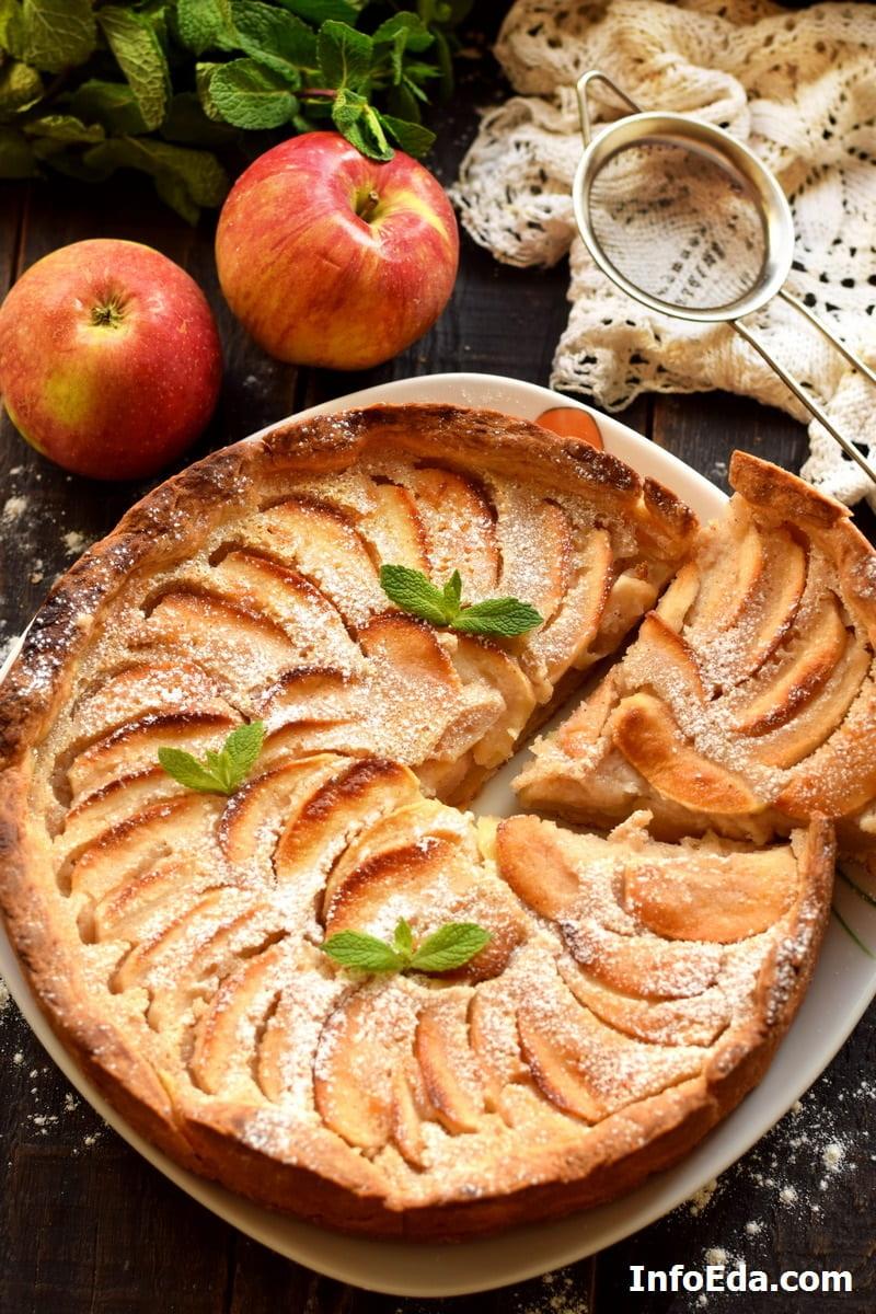 Цветаевский пирог из яблок в сметанной заливке